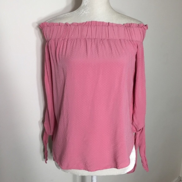 6c5b6362254 H&M Tops | Hm Off Shoulder 34 Sleeve Top | Poshmark